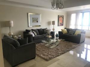 Apartamento En Alquileren Santo Domingo Dtto Nacional, Paraiso, Republica Dominicana, DO RAH: 18-1015