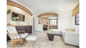 Casa En Ventaen Punta Cana, Bavaro, Republica Dominicana, DO RAH: 18-1027