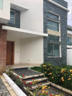 Casa En Ventaen Distrito Nacional, La Julia, Republica Dominicana, DO RAH: 18-1206