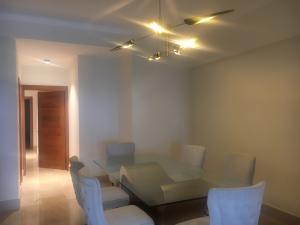 Apartamento En Alquileren Distrito Nacional, Los Cacicazgos, Republica Dominicana, DO RAH: 18-1262