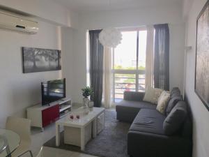 Apartamento En Alquileren Distrito Nacional, Serralles, Republica Dominicana, DO RAH: 18-1263