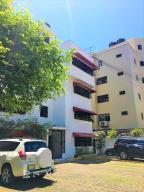 Apartamento En Alquileren Distrito Nacional, Evaristo Morales, Republica Dominicana, DO RAH: 18-1280