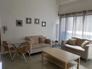 Apartamento En Alquileren Distrito Nacional, Evaristo Morales, Republica Dominicana, DO RAH: 18-1357