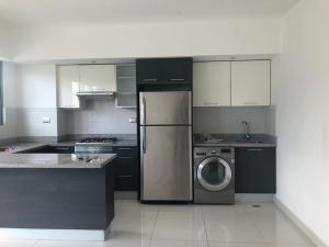 Apartamento En Alquileren Distrito Nacional, Gazcue, Republica Dominicana, DO RAH: 19-3