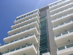 Apartamento En Ventaen Distrito Nacional, Renacimiento, Republica Dominicana, DO RAH: 19-75