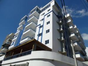 Apartamento En Alquileren Distrito Nacional, Bella Vista, Republica Dominicana, DO RAH: 19-148