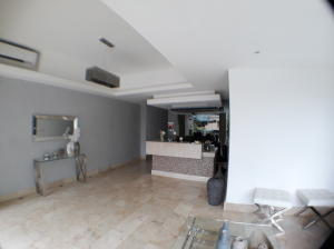 Apartamento En Ventaen Distrito Nacional, Evaristo Morales, Republica Dominicana, DO RAH: 19-197