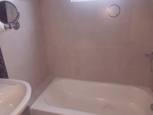 Apartamento En Ventaen Distrito Nacional, El Vergel, Republica Dominicana, DO RAH: 19-229