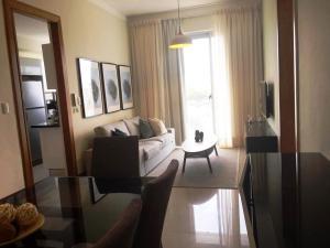 Apartamento En Alquileren Distrito Nacional, Serralles, Republica Dominicana, DO RAH: 19-237