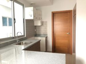 Apartamento En Alquileren Distrito Nacional, Evaristo Morales, Republica Dominicana, DO RAH: 19-240