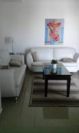Apartamento En Alquileren Distrito Nacional, La Esperilla, Republica Dominicana, DO RAH: 19-246