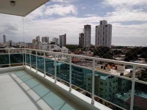 Apartamento En Alquileren Distrito Nacional, Los Cacicazgos, Republica Dominicana, DO RAH: 19-249