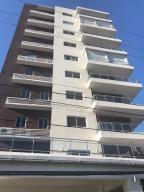 Apartamento En Alquileren Distrito Nacional, Bella Vista, Republica Dominicana, DO RAH: 19-259