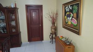 Apartamento En Ventaen Distrito Nacional, Evaristo Morales, Republica Dominicana, DO RAH: 19-323