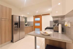 Apartamento En Ventaen Distrito Nacional, El Vergel, Republica Dominicana, DO RAH: 19-324