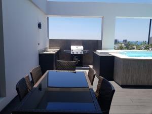 Apartamento En Alquileren Distrito Nacional, Gazcue, Republica Dominicana, DO RAH: 19-329