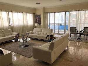 Apartamento En Alquileren Distrito Nacional, Piantini, Republica Dominicana, DO RAH: 19-334