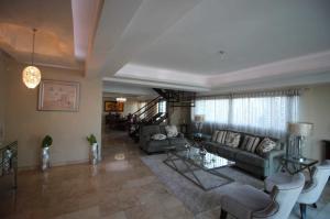 Apartamento En Ventaen Distrito Nacional, Piantini, Republica Dominicana, DO RAH: 19-371