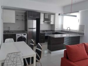 Apartamento En Alquileren Distrito Nacional, Piantini, Republica Dominicana, DO RAH: 19-380