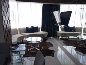 Apartamento En Alquileren Distrito Nacional, Piantini, Republica Dominicana, DO RAH: 19-506