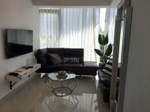 Apartamento En Alquileren Distrito Nacional, Piantini, Republica Dominicana, DO RAH: 19-507