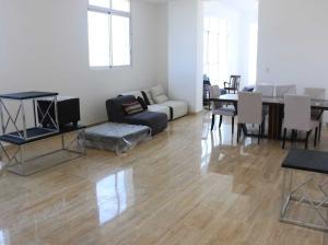 Apartamento En Ventaen Distrito Nacional, Naco, Republica Dominicana, DO RAH: 19-548