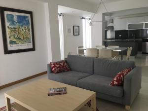 Apartamento En Alquileren Distrito Nacional, Evaristo Morales, Republica Dominicana, DO RAH: 19-610