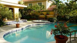 Casa En Ventaen Distrito Nacional, Cuesta Hermosa Ii, Republica Dominicana, DO RAH: 19-608