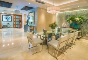 Apartamento En Ventaen Distrito Nacional, Piantini, Republica Dominicana, DO RAH: 19-617