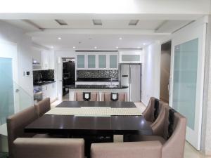Apartamento En Alquileren Distrito Nacional, Mirador Norte, Republica Dominicana, DO RAH: 19-644