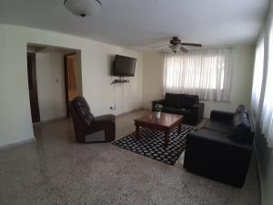 Apartamento En Alquileren Distrito Nacional, Bella Vista, Republica Dominicana, DO RAH: 19-654