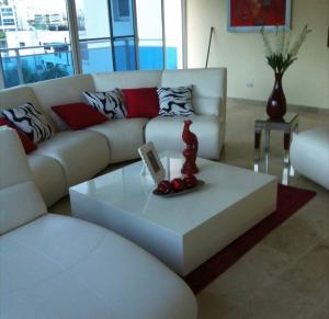 Apartamento En Ventaen Distrito Nacional, Piantini, Republica Dominicana, DO RAH: 19-659
