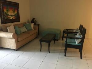 Apartamento En Alquileren Distrito Nacional, Bella Vista, Republica Dominicana, DO RAH: 19-690