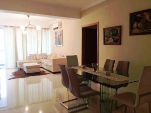 Apartamento En Alquileren Distrito Nacional, Serralles, Republica Dominicana, DO RAH: 19-704