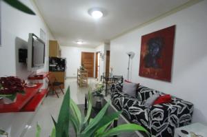 Apartamento En Alquileren Distrito Nacional, Los Restauradores, Republica Dominicana, DO RAH: 19-739