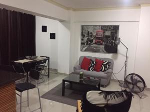 Apartamento En Alquileren Distrito Nacional, Los Restauradores, Republica Dominicana, DO RAH: 19-740