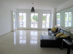 Apartamento En Alquileren Distrito Nacional, La Esperilla, Republica Dominicana, DO RAH: 19-771