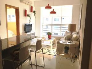 Apartamento En Alquileren Distrito Nacional, Serralles, Republica Dominicana, DO RAH: 19-846