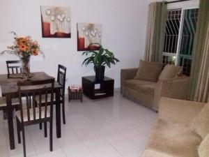 Apartamento En Alquileren Distrito Nacional, Arroyo Hondo, Republica Dominicana, DO RAH: 19-944