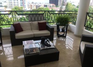 Apartamento En Ventaen Distrito Nacional, Los Cacicazgos, Republica Dominicana, DO RAH: 19-1019