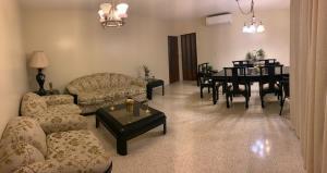 Apartamento En Alquileren Distrito Nacional, Serralles, Republica Dominicana, DO RAH: 19-173