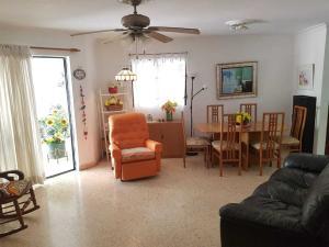 Apartamento En Ventaen Distrito Nacional, Evaristo Morales, Republica Dominicana, DO RAH: 19-1102
