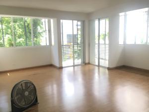 Apartamento En Alquileren Distrito Nacional, Evaristo Morales, Republica Dominicana, DO RAH: 19-1132