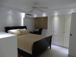 Apartamento En Ventaen Distrito Nacional, Evaristo Morales, Republica Dominicana, DO RAH: 19-1138