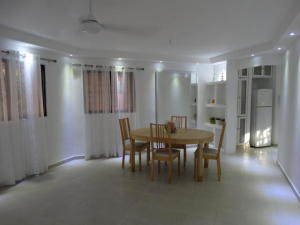 Apartamento En Alquileren Distrito Nacional, Evaristo Morales, Republica Dominicana, DO RAH: 19-1150