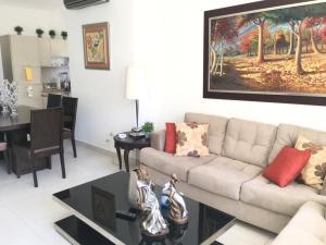 Apartamento En Ventaen Distrito Nacional, Paraiso, Republica Dominicana, DO RAH: 19-1307