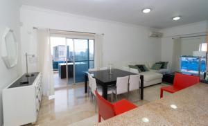 Apartamento En Alquileren Distrito Nacional, Piantini, Republica Dominicana, DO RAH: 20-55