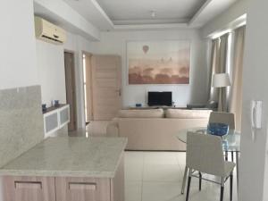 Apartamento En Alquileren Distrito Nacional, Piantini, Republica Dominicana, DO RAH: 20-117