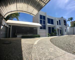 Local Comercial En Alquileren Distrito Nacional, Naco, Republica Dominicana, DO RAH: 20-184
