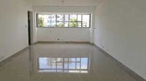 Oficina En Alquileren Distrito Nacional, Evaristo Morales, Republica Dominicana, DO RAH: 20-236